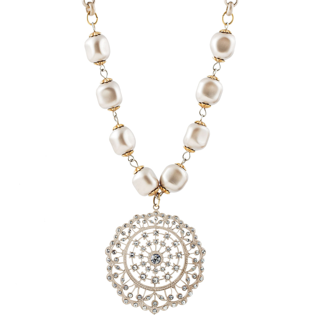 Rococo pearl necklace with Swarovski crystal medallion