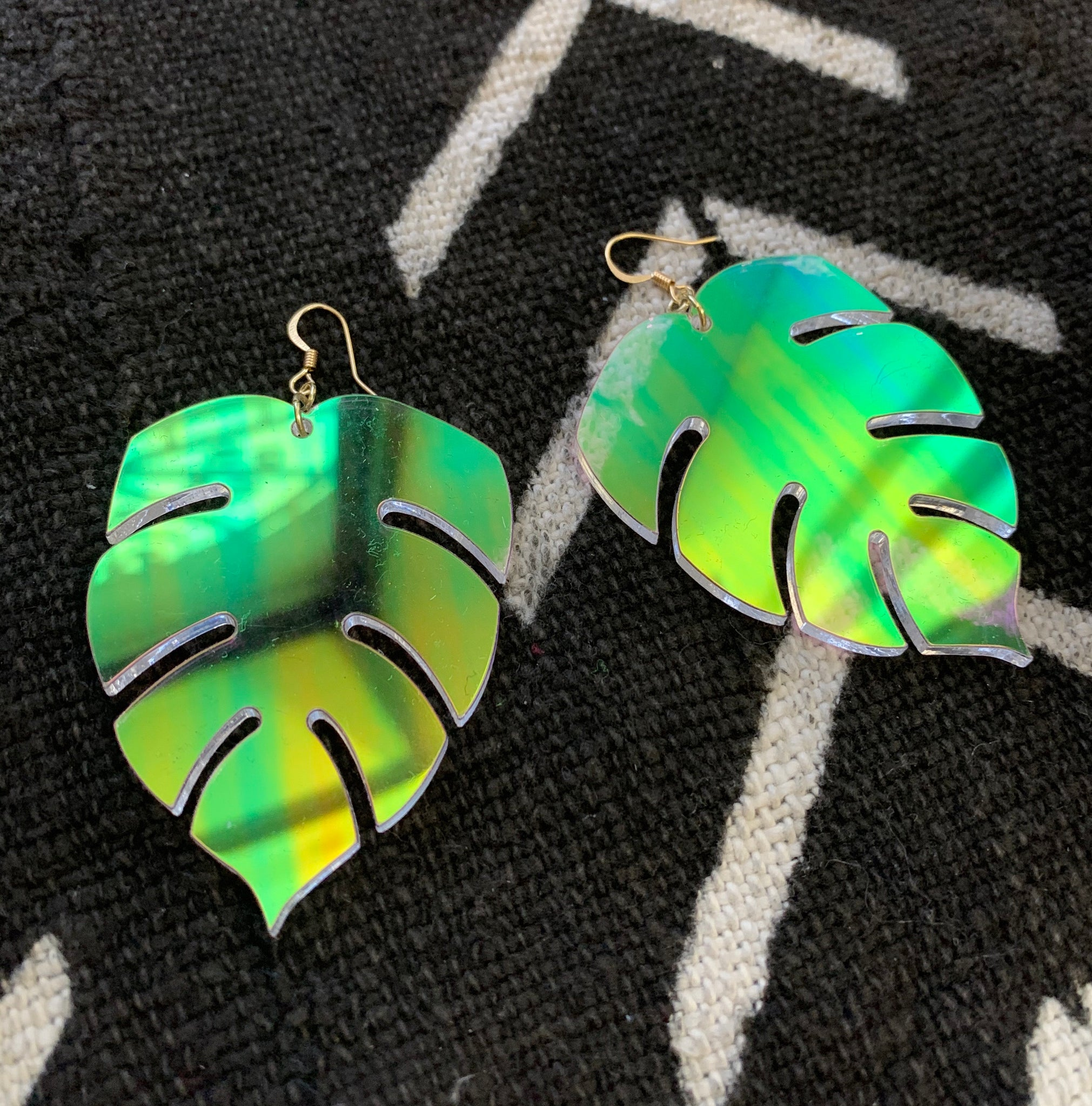 BeLeaf Earrings (Iridescent)