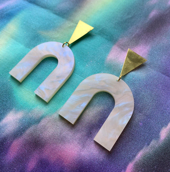 Dreamscape Earrings-Pearlescent