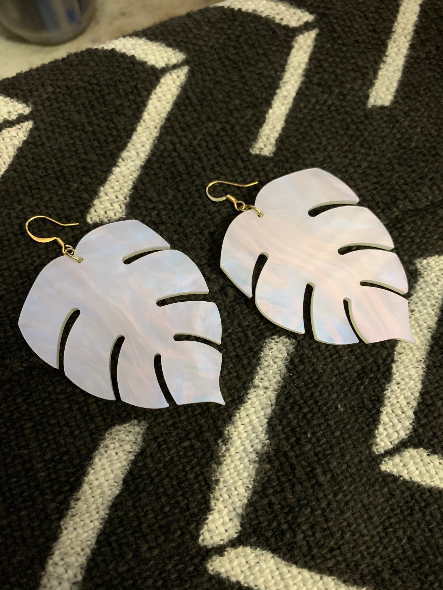 BeLeaf Earrings (Opalescent)