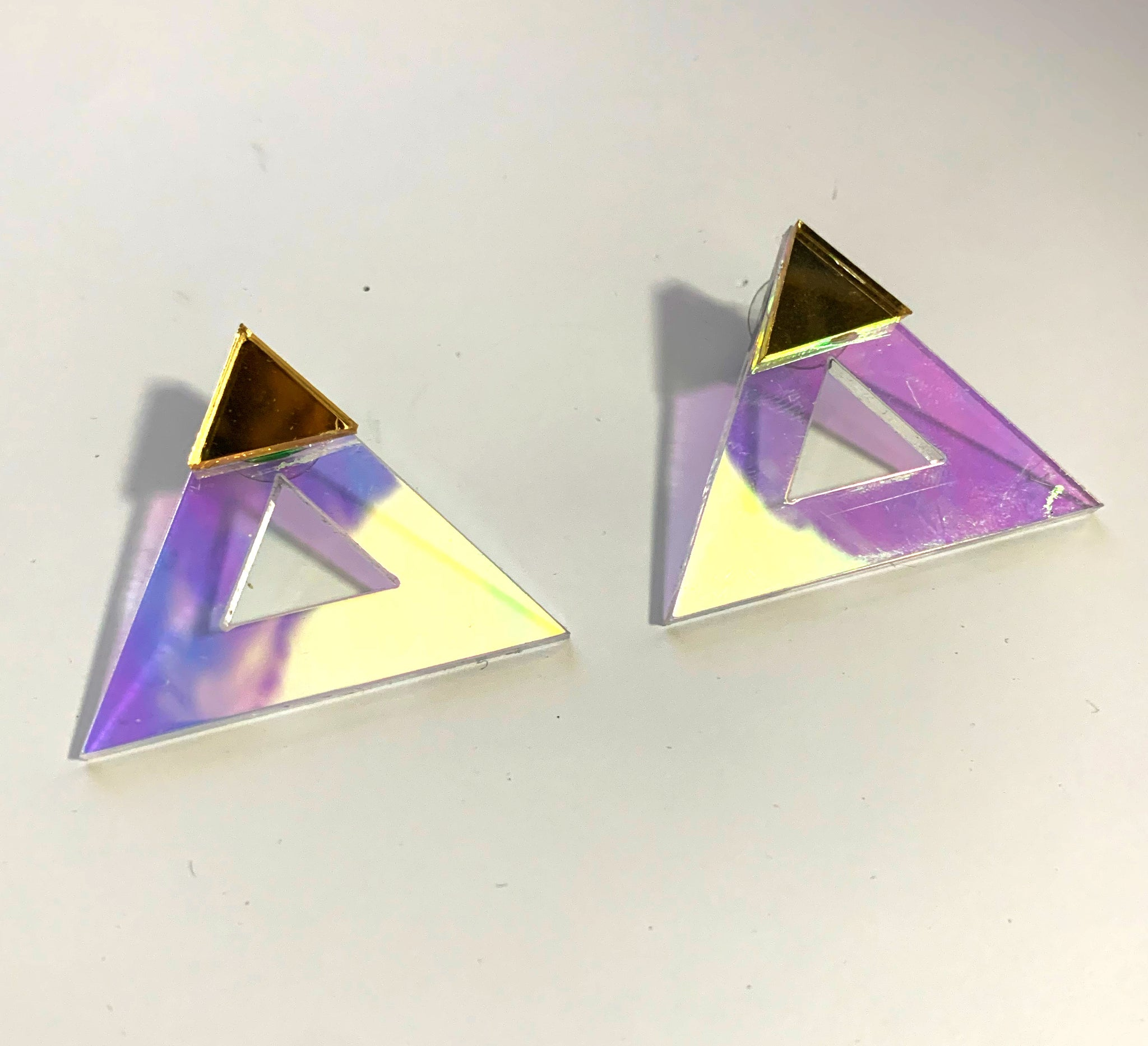 Giza Earrings (Iridescent)