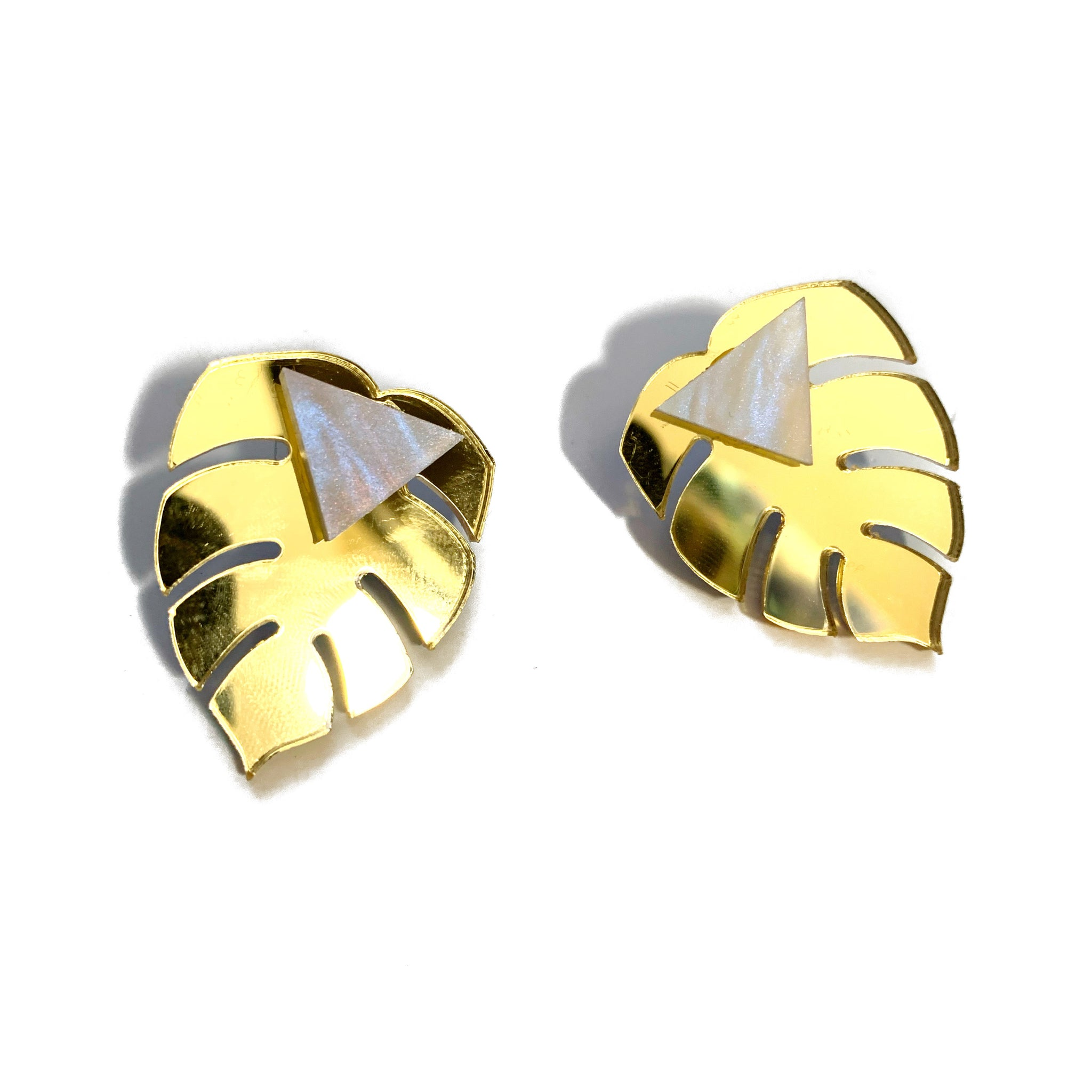 Leaf Me Be Earrings (Gold)