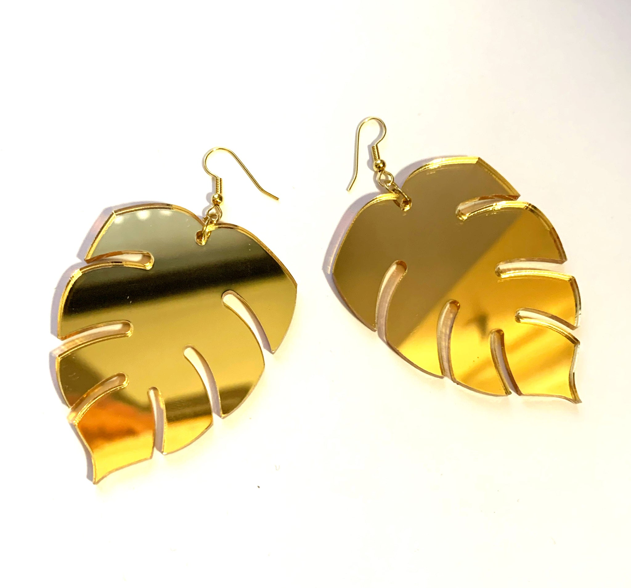 BeLeaf Earrings (Gold Mirror)