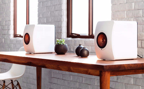 KEF LS50 Wireless Active Uni Q Bookshelf Hi-Fi Monitor Speakers (White Lifestyle Shot) | SAVI Systems Perth, kef, kef perth, kef speakers, kef ls50, ls50 wireless, bookshelf speaker, wireless speaker,