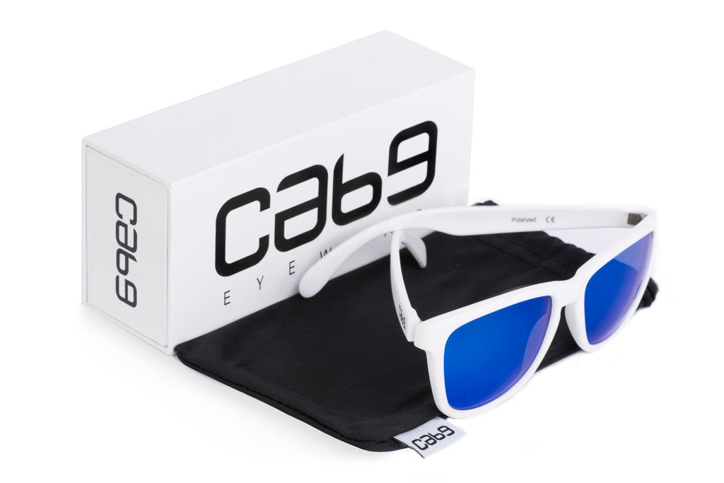 cab9-eyewear-polar-blue-with-case