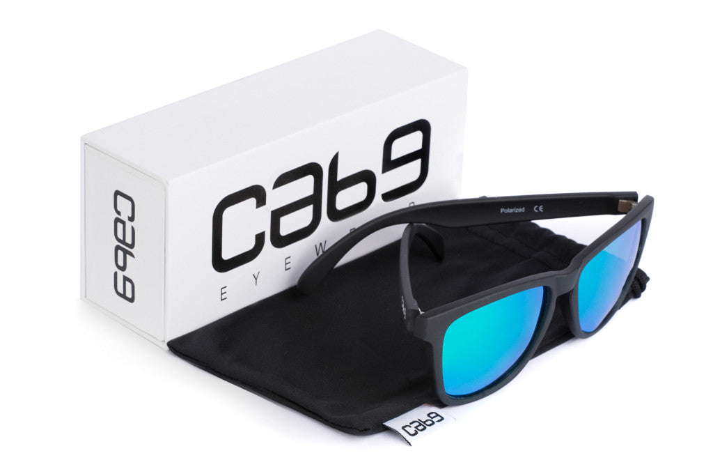 cab9-eyewear-stealth-green-with-case