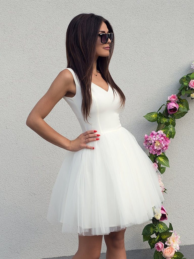 V Neck White Short Prom Dresses, Short White V Neck Formal Homecoming Graduation Dresses