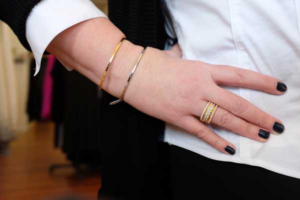 How to Wear Mixed Metals - Choose one unifying piece