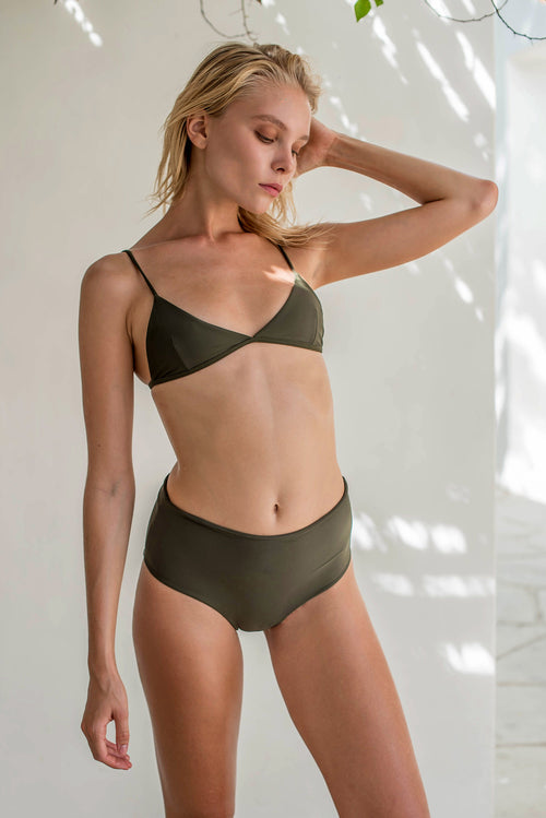 Bondi - Triangle Bikini Top In Military Green