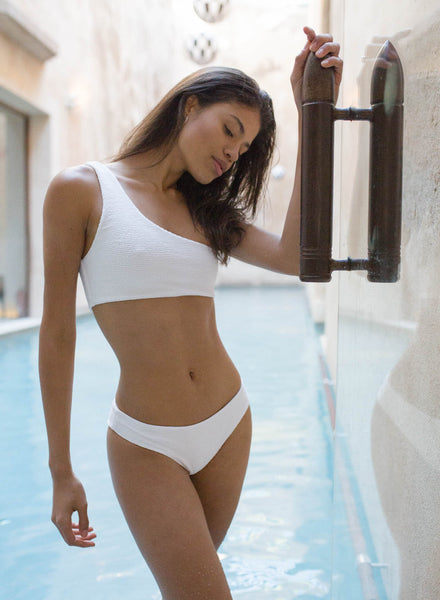 Cinque Terre - One shoulder bikini top in Storm Le Nuage Blanc