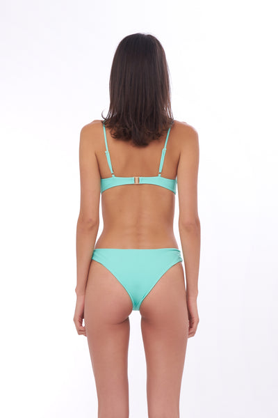 Bora Bora - Twist front padded top in Aquamarine