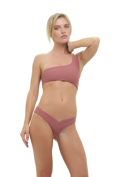Cinque Terre - One shoulder bikini top in Canyon Rose