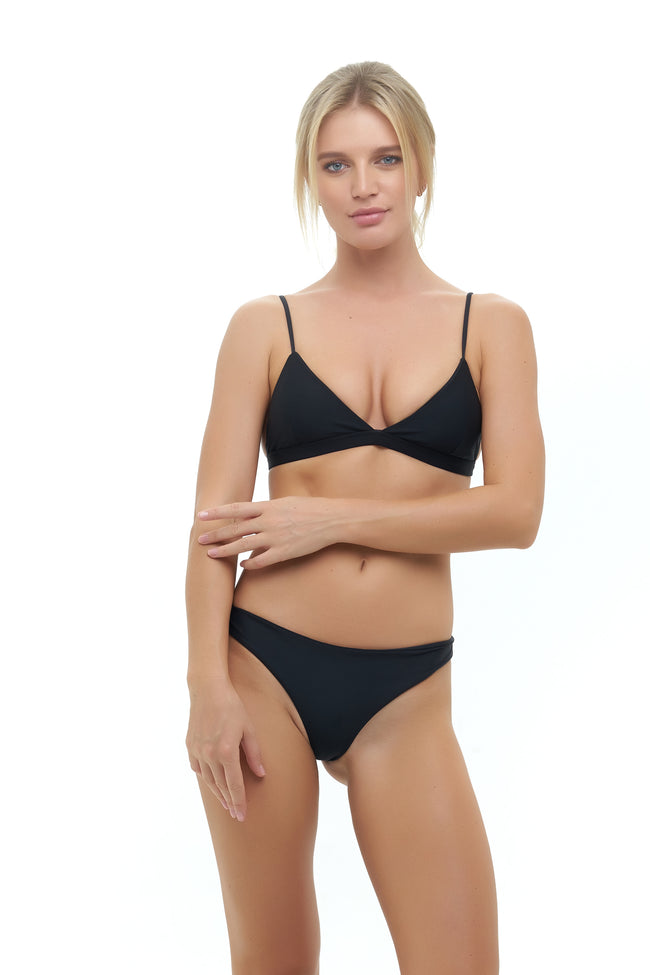 Mallorca - Triangle Bikini Top with removable padding in Black