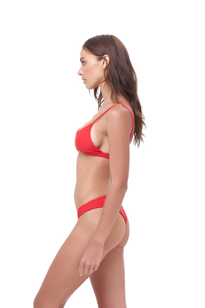 Mallorca - Triangle Bikini Top with removable padding in Scarlet