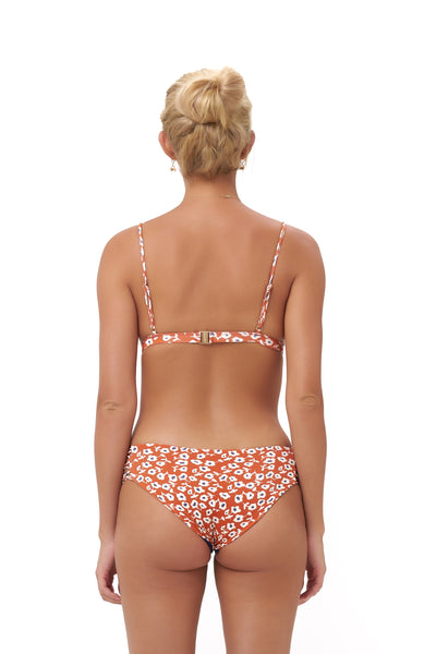 Mallorca - Triangle Bikini Top with removable padding in Vintage Flower Red