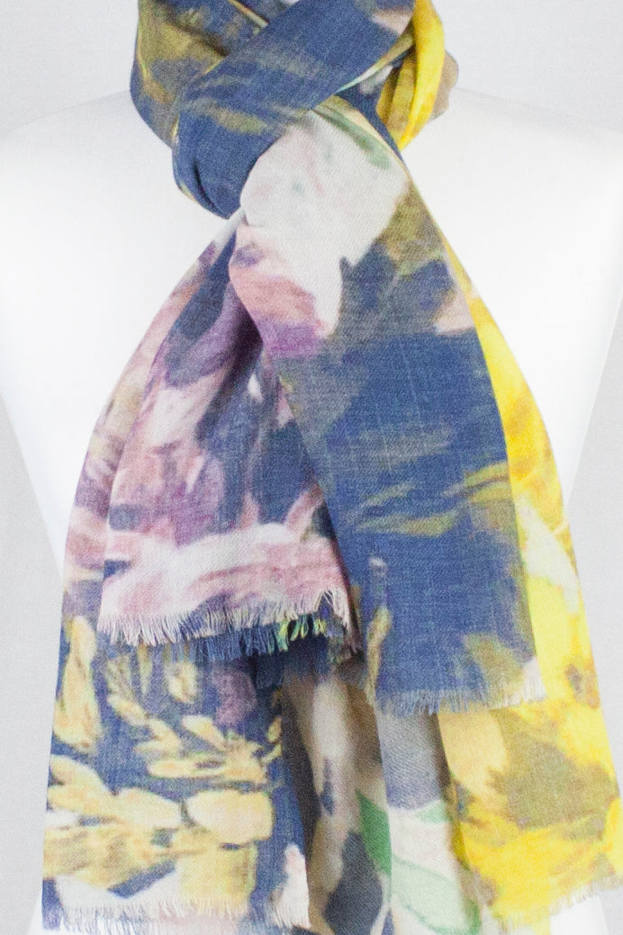 Romantic Flower Print Merino Wool Scarf - Multi