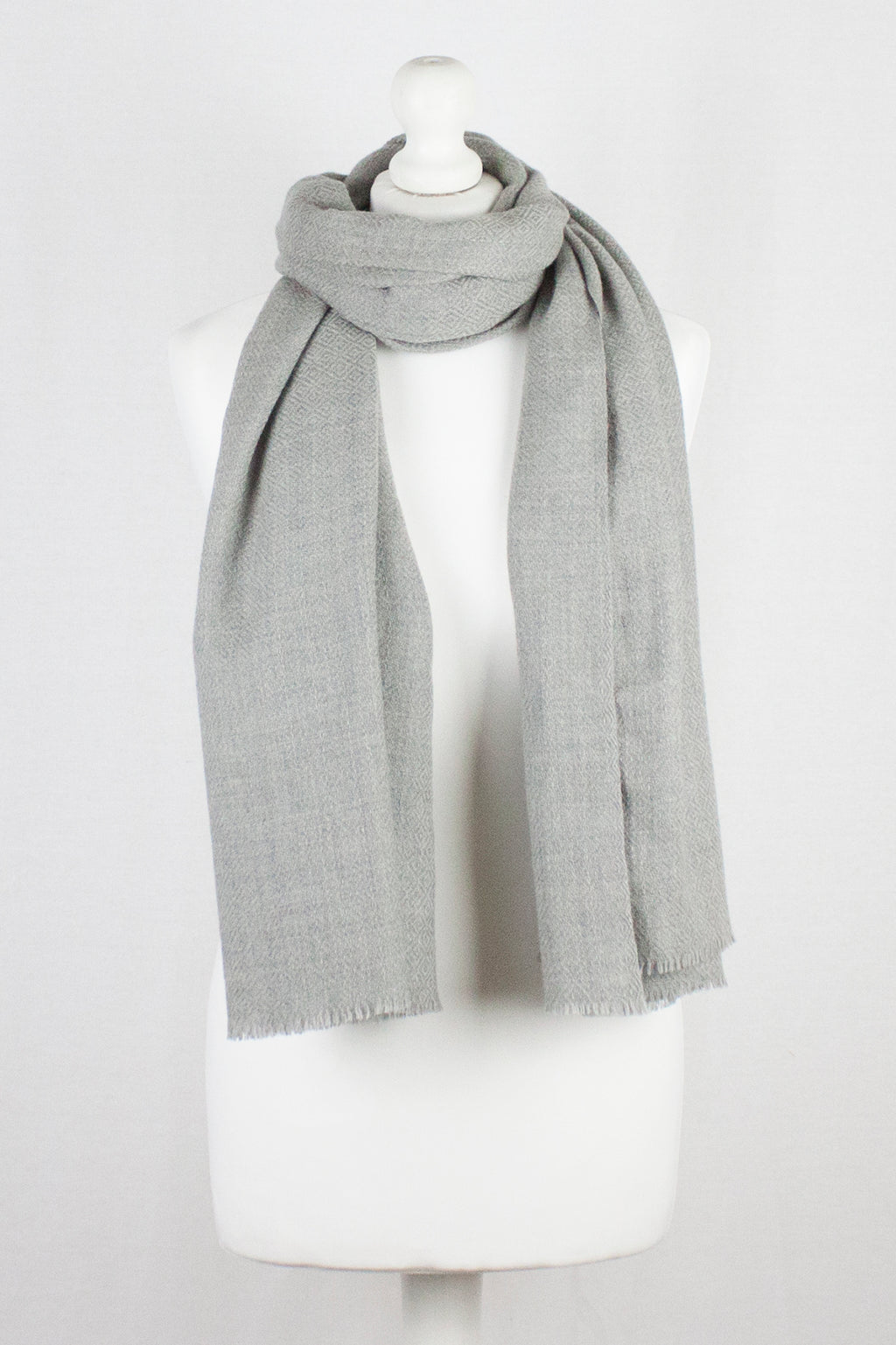 Diamond Weave Merino Wool Scarf - Ice Grey