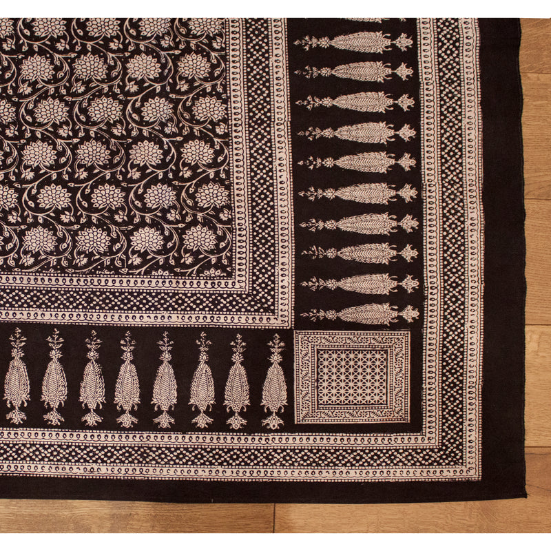 Traditional Floral & Paisley Hand-block Print Rug - White Black