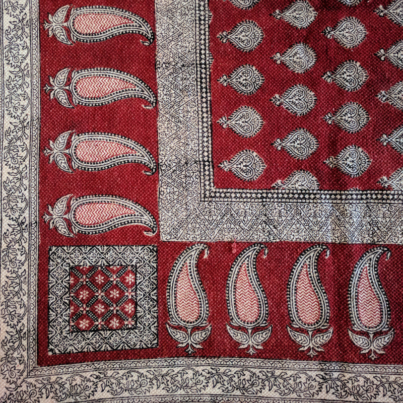 Traditional Paisley Jaal & Border Hand-block Print Rug - Red White