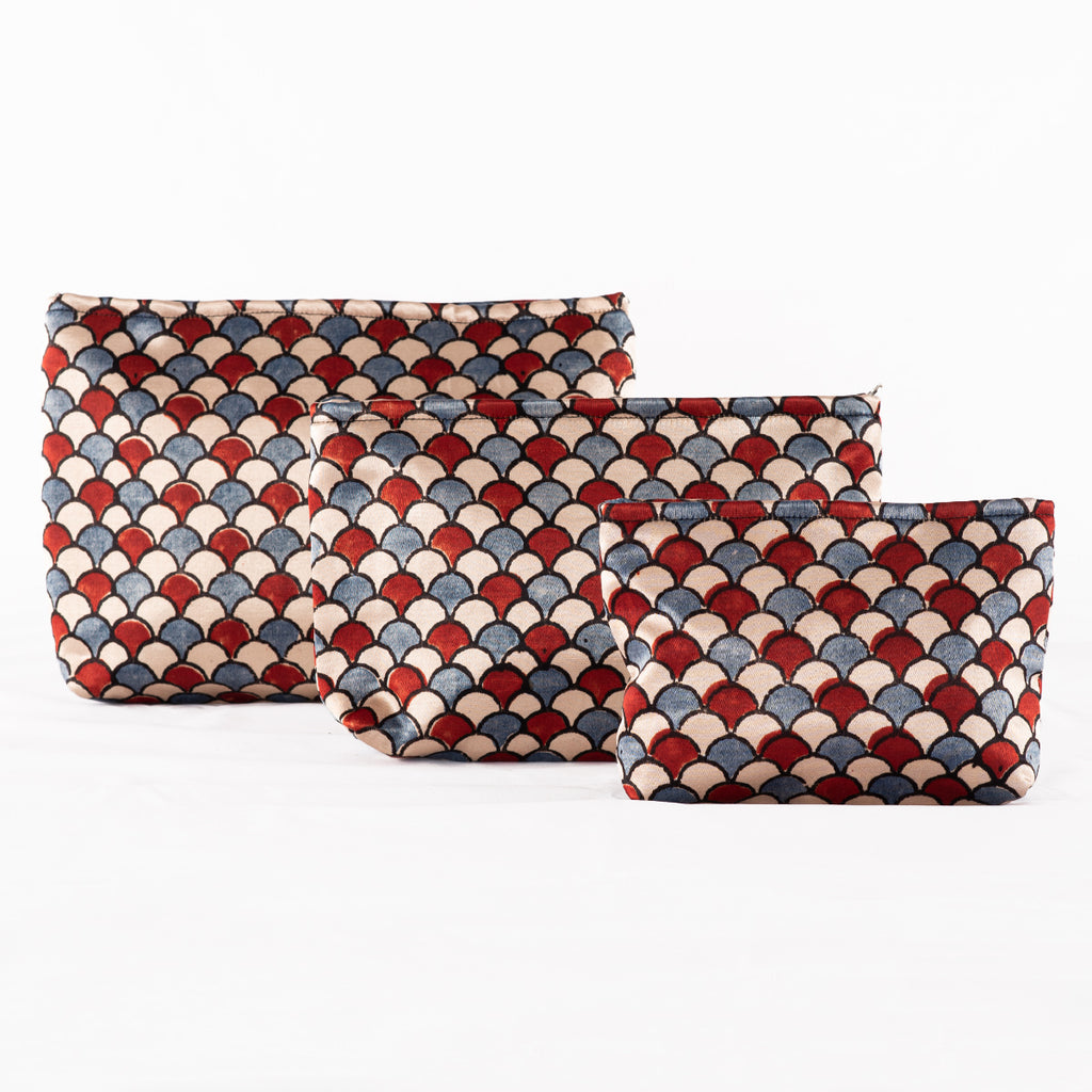 Sveze -Hand-block Print Silk Travel Case Set of 3 - Blue Red Off-white Shell - Product Image