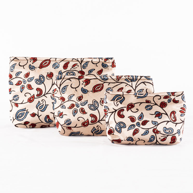Sveze - Hand-block Print Silk Travel Case Set of 3 - Off-white Red Blue Floral - Product Image