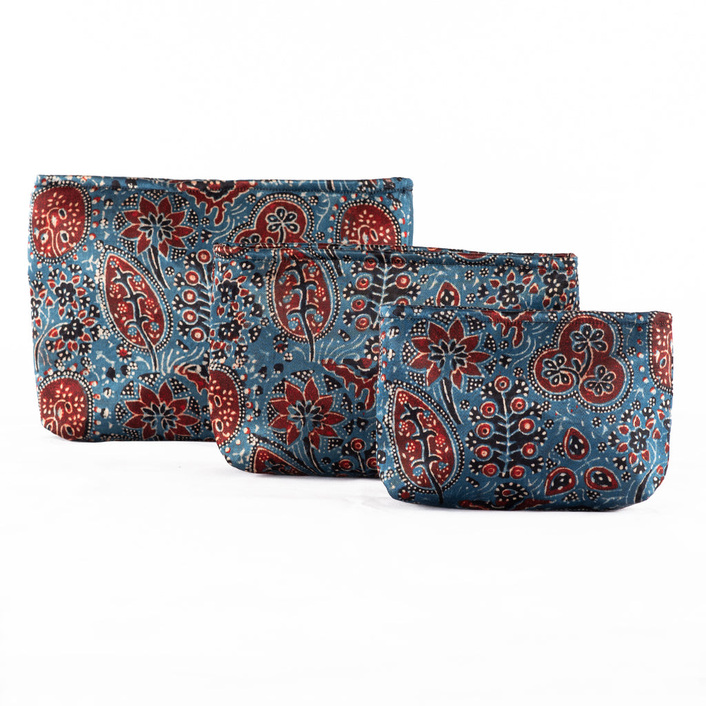 Sveze - Hand-block Print Silk Travel Case Set of 3 - Blue Red Black Floral - Product image