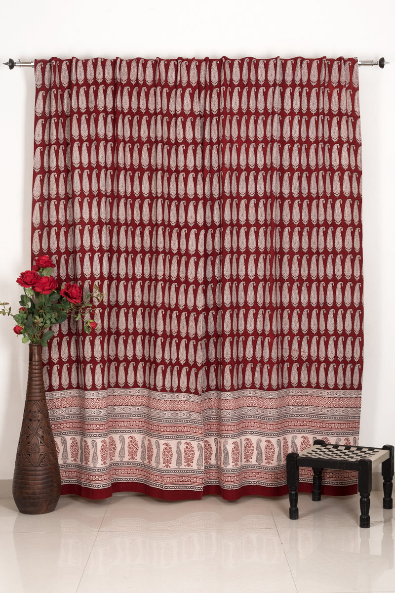 Long Paisley Bagh Hand-block Print Curtain - Red