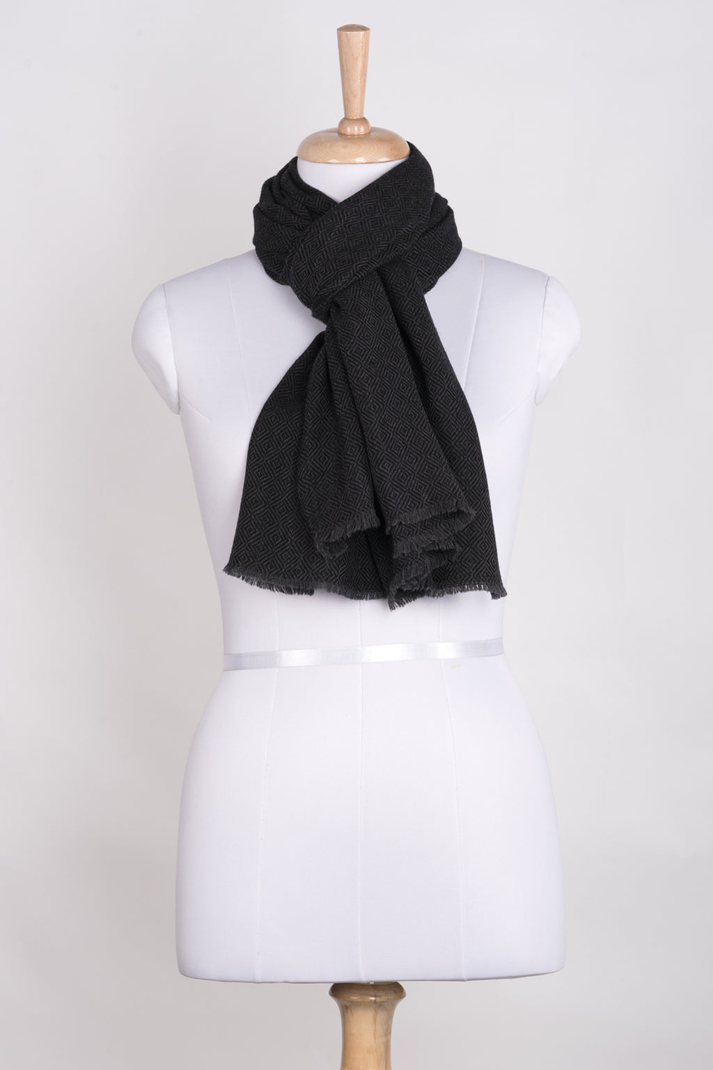 Diamond Weave Two Tone Woollen Scarf - Charcoal