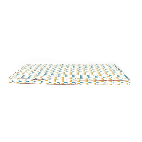 nobodinoz-mattress-blue-honey-triangles-01