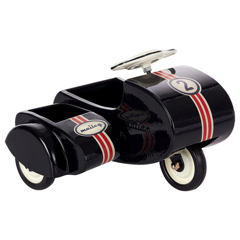 maileg-black-scooter-with-sidecar-metal- (1)