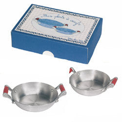 moulin-roty-set-of-2-alu-egg-pans-me-packaged-01