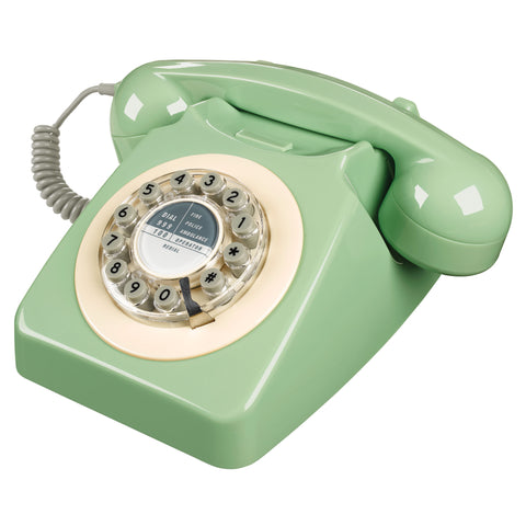 wild-&-wolf-swedish-green-746-phone- (1)
