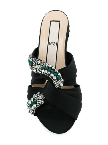 BLACK SANDAL WITH GREEN STONES FROM Nº21