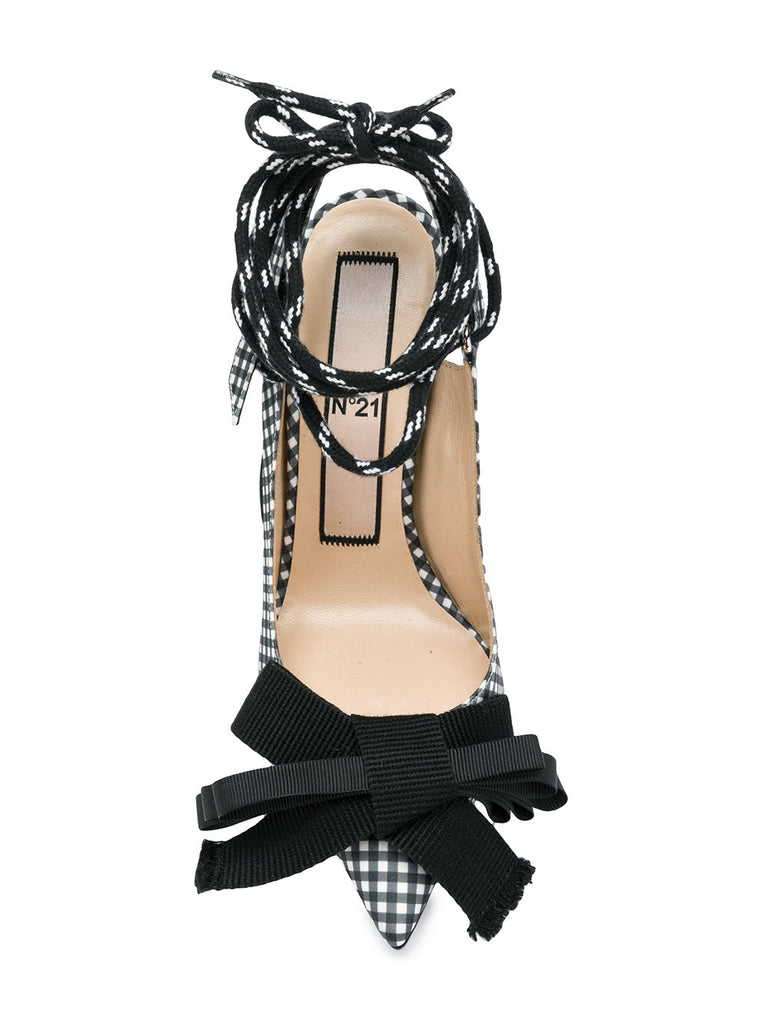 BLACK AND WHITE BOW STILETTO FROM Nº21