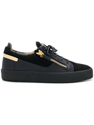 BLACK LOW SNEAKER WITH GOLD PLATE BEHIND FROM GIUSEPPE ZANOTTI