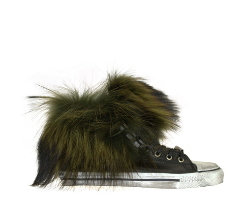 Sneaker with green fur