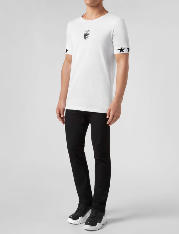 WHITE TSHIRT WITH BLACK SCULL AND STARS FROM PHILIPP PLEIN