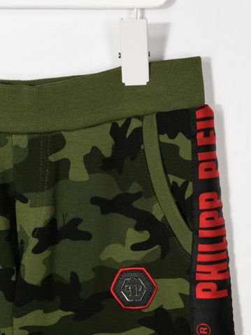 green camo shorts with red logo from philipp plein junior