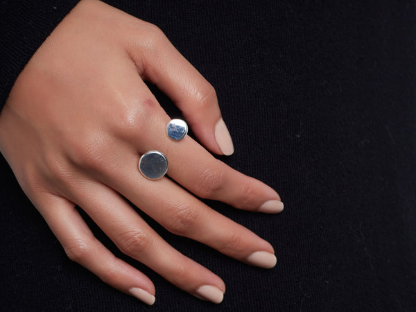 Double circle ring