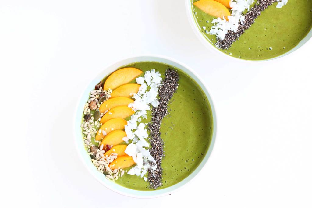 Matcha Peach Smoothie Bowl