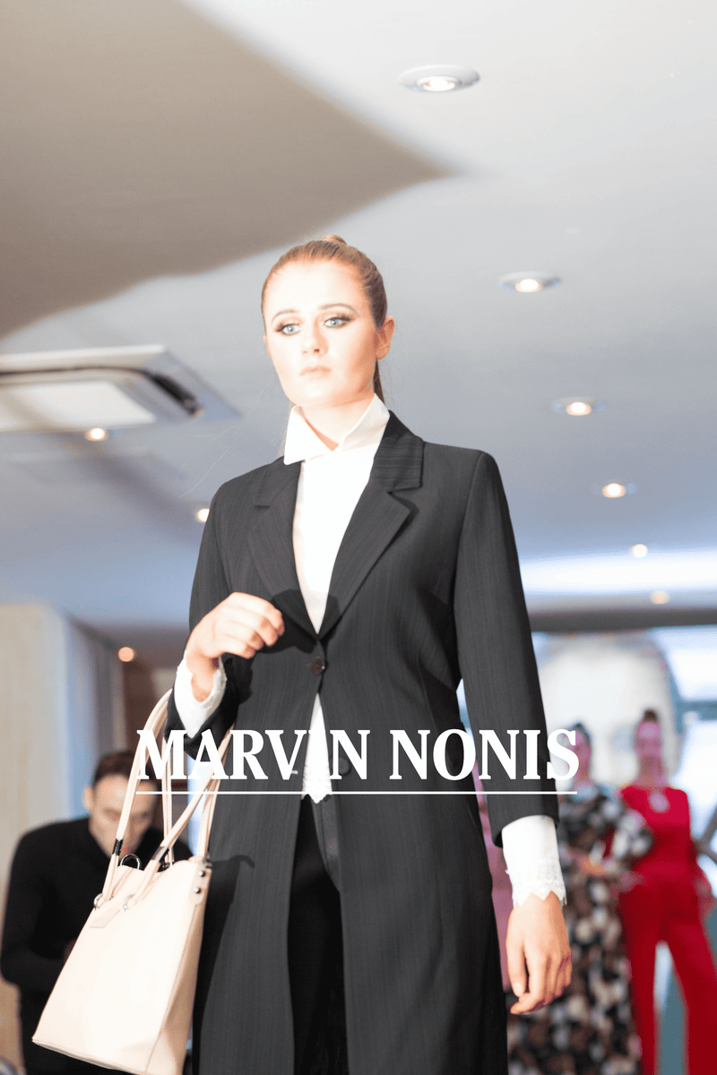 Marvin Nonis Ladies Buisiness Outfit