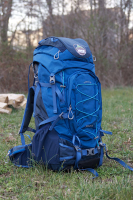 Adjusting the York 70 Backpack