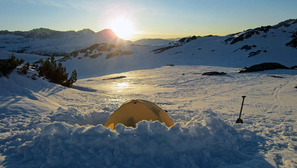 8 CAMPING HACKS FOR COOL WEATHER CAMPING