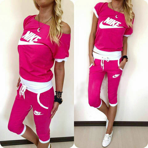 Bright pink sporty set , boat neck  , 3/4 pants