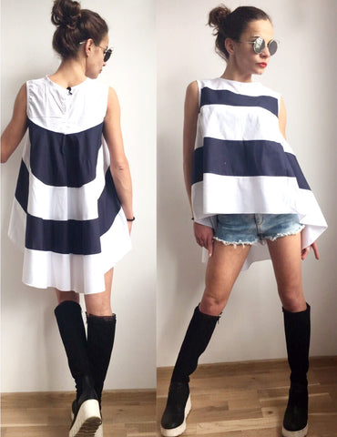 Low High Tunic White and Navy