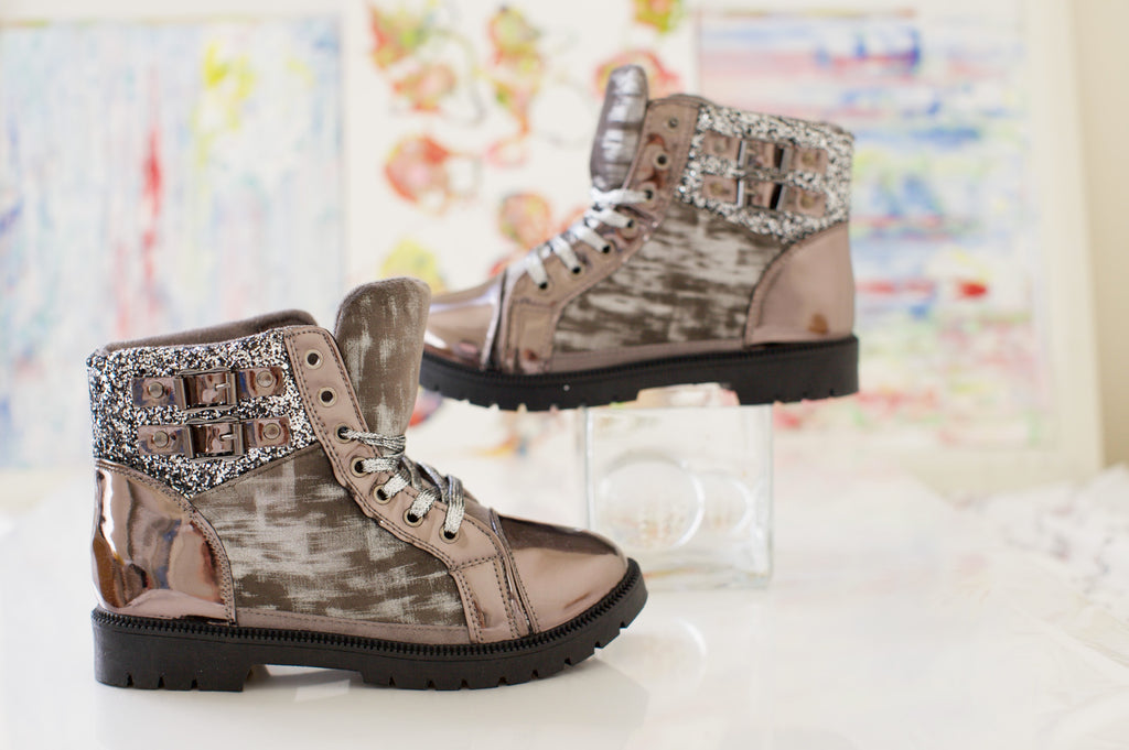 Shiny mocha  boot sequin and buckle detailing