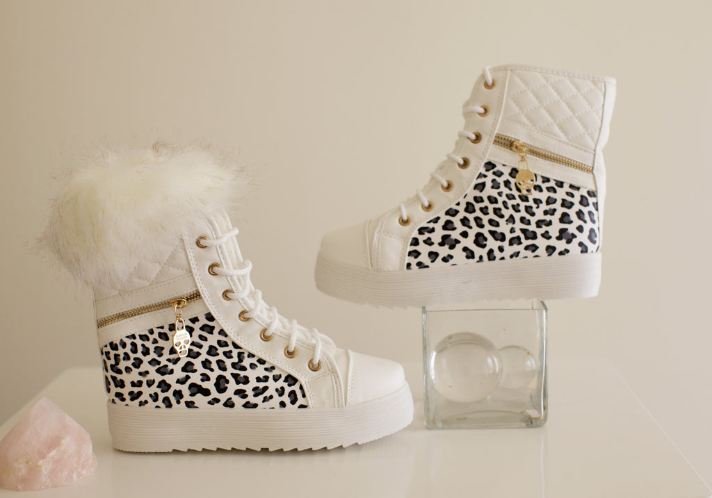 White  Platform  Ankle Boot With Removable Fur
