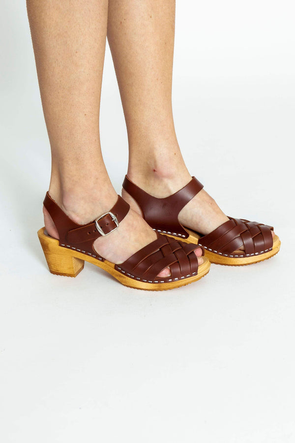 Mia Bety Sandal in Brown