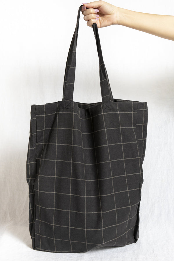 Cotton Tote in Charcoal Plaid