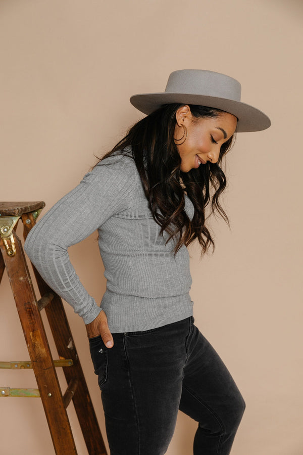 Haley Sweater Tee in Heather Grey